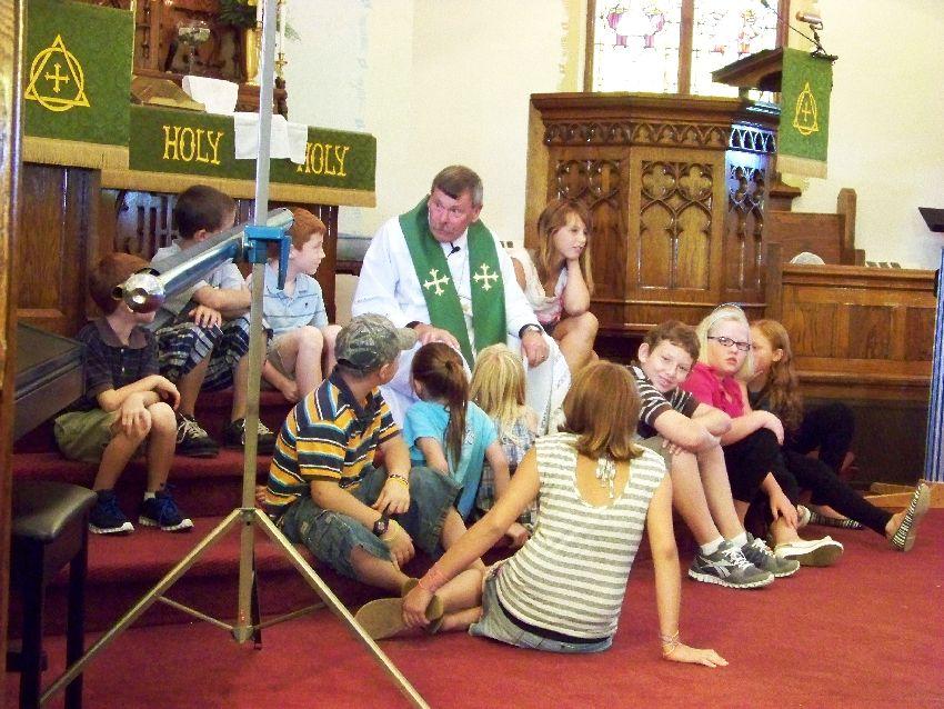 Rev. Bachman children's sermon, 19 Aug 2012.